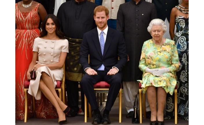 Kraliçe Elizabeth onay verdi!