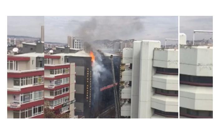 Ankara Kızılay'da korkutan yangın