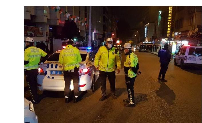 Ankara'da Covid-19 Tedbirlerine Uymayanlara Para Cezaları Verildi