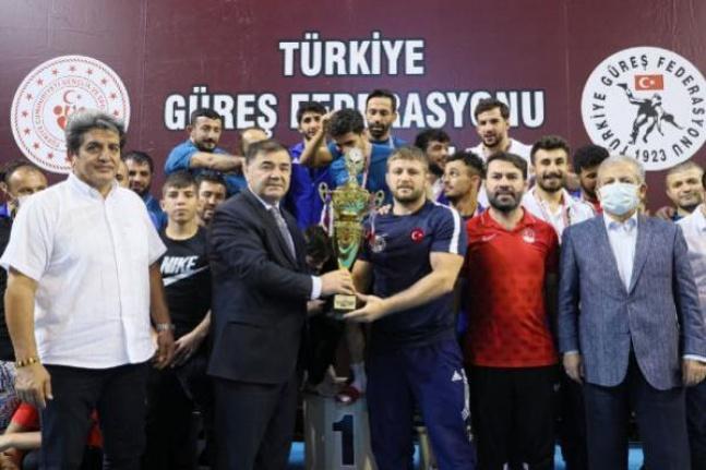 ASKİ Spor Türkiye Serbest Güreş Süper Lig'de şampiyon