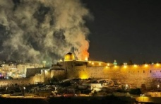 İsrail-Filistin: İsrail'in Gazze'ye hava saldırılarında en az 24 kişi öldü, Kudüs'te gerilim sürüyor
