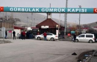 Türkiye koronavirüs nedeniyle İran sınırını...
