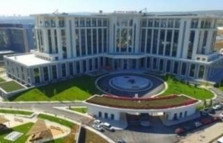 Ankara Şehir Hastanesi pandemiyle mücadelenin merkezi...