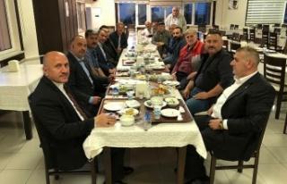 Yasağa Rağmen Toplu İftar Yapan MHP'li Başkan:...
