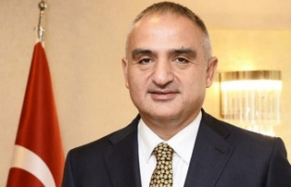 Mehmet Nuri Ersoy Kimdir?