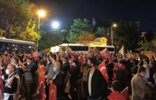Filistin için yüzlerce Ankaralı İsrail Konsolosluğu'na...