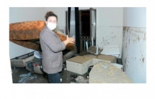 Ankara'da selden etkilenen evler kullanılamaz hale...