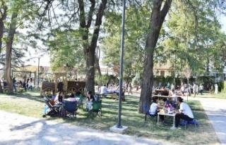Gazi Park Misafirlerini Ağırlıyor
