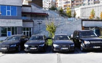 Ankara Büyükşehir Belediyesi 4 Lüks Aracını Satacak!