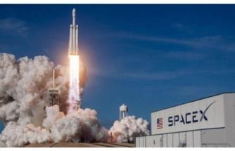 SpaceX, Neden Uzaya İnsan Gönderdi? İşte Torunlarımızın Tarih Dersinde Dinleyecekleri 8 Önemli Detay