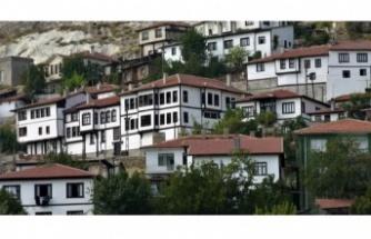 Ankara Beypazarı Arası kaç  Km? Kaç Saat?
