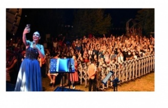 Sevilen Türkülerle Dolu Ankara Akşamı
