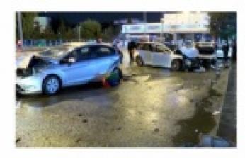 Son dakika haberi: Ankara'da 7 aracın karıştığı kaza:2 yaralı