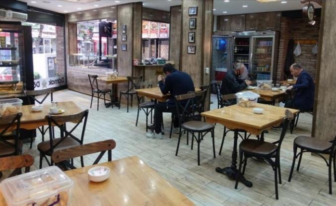 Hafta içi kafe ile restoranlar kapanacak mı? Ankara'da kaçta kapanacaklar, kaçta açılacaklar?