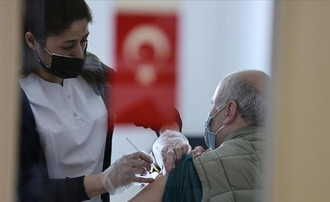 Sağlık Bakanlığı'ndan Çift Doz Aşı Yaptıranlar İçin Güzel Haber